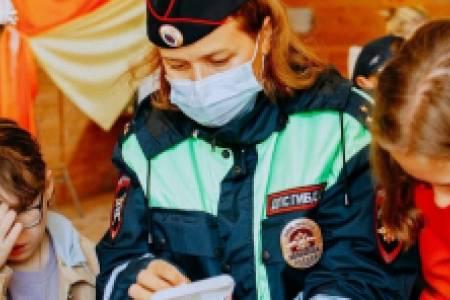 Пилотный проект по обучению детей соблюдению ПДД реализуется  в детских лагерях Свердловской области